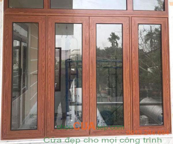cửa xingfa vân gỗ 2