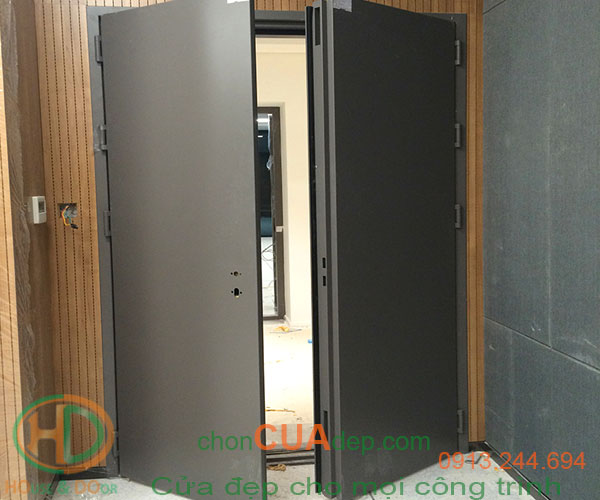 cửa chống cháy bình thuận 1
