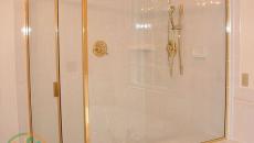Phòng tắm kính cường lực Long Thành